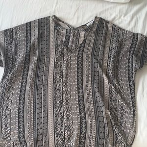 Black and Tan shirt. Pretty and unique pattern.